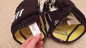 $75 Brand New Warrior AX2 gloves London Ontario image 3