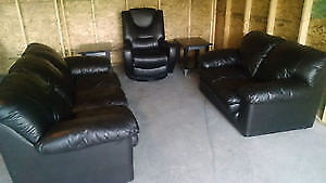 BLACK LEATHER LOVE SEAT, SOFA & RECLINER CHAIR. FREE DELIVERY