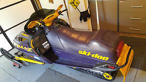 skidoo 1999 formula Z500 Windsor Region Ontario image 2