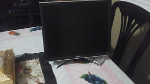 Dell monitor Cambridge Kitchener Area image 1