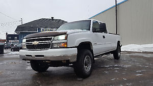 2007 Chevrolet Silverado 3500 pickup 4x4 echange possible !