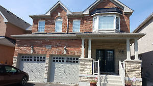 Gorgeous 2800 sf 4  bedroom 4 bathroom house for leaase in Nor