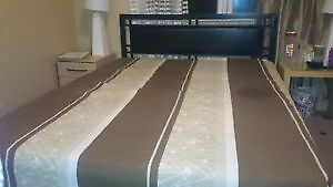 Selling a king size bed with Mattress