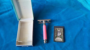 Vintage razor set collectible