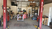 ** LOTS OF SHOP TOOLS. MACHINES .SCANNER , HOISTS ND MORE ***