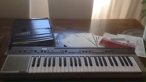 Piano yamaha pc-1000