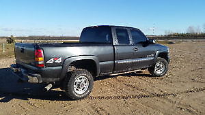 **REDUCED** 2005 GMC Sierra 2500HD SAFTIED Pick up