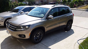 2015 Volkswagen Tiguan SUV, Crossover 6SPD Manual 32000 KM