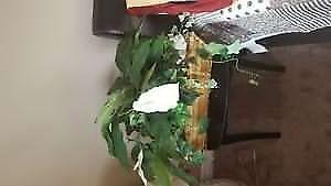 Artificial plant basket