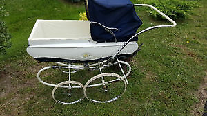 1964 Collectible Pedigree Baby Pram Stroller