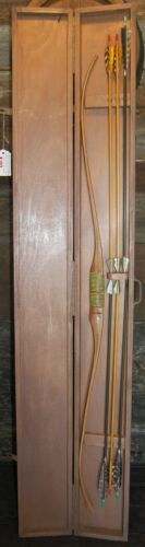 Vintage Wood Recurved Bow with Wooden Arrows w/ Feathers and Wood Carrying Case