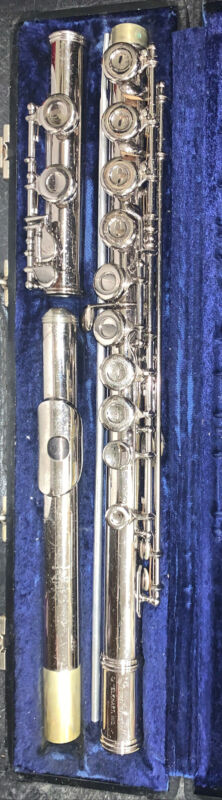 Gemeinhardt Flute M2, Silver Plated Closed Hole w/ Hard Carry Case