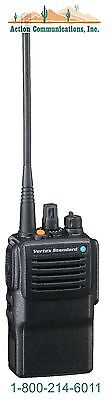 New Vertex Standard Vx 821  Uhf 450 512 Mhz  5 Watt  16 Channel Two Way Radio