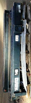 4775m1035 Clark Upright Mast Outer Rail 2398784 Middle Rail 2398811 Only E357