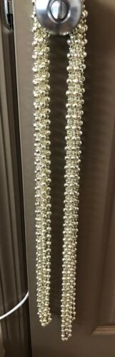 SHINY SILVER HOLIDAY GARLAND BEADS