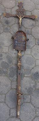 antikes Kreuz Kruzifix geschmiedet Grabkreuz