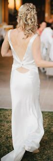 Silk, Off white, backless Wedding dress Size 8-10