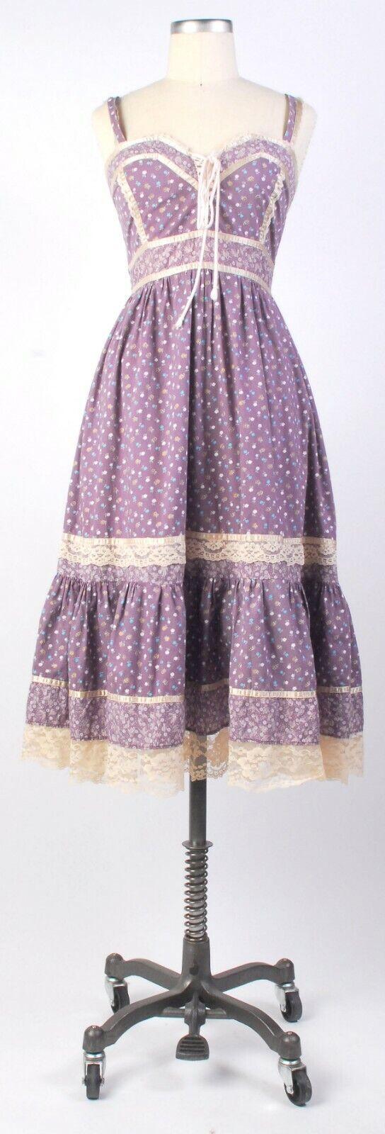 Vintage 70s Boho GUNNE SAX Purple Floral Calico Corset Lacing Prairie Dress 11