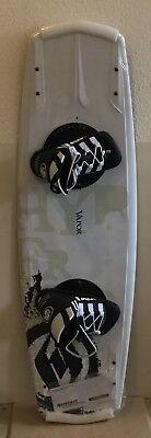 Neu TOP Hyperlite Vapor 136  Wakeboard SET m.Bindung  4x Fins 1 A Kantenhalt CAP