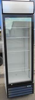 FRIDGE-WELLEQUIP SINGLE GLASS DOOR UPRIGHT DISPLAY FRIDGE