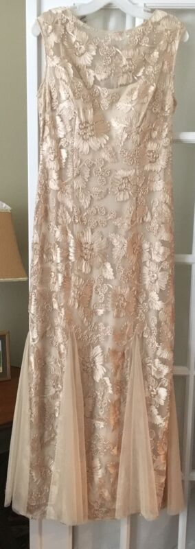 BRIDE or MOTHER OF THE BRIDE GOWN SIZE 10
