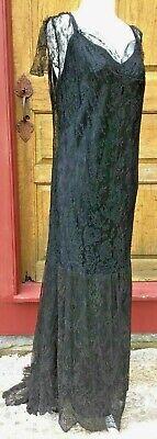 ANTIQUE 1920'S FLAPPER ERA BEADED GOWN W BLACK CHANTILLY LACE SLEEVELESS ](20s Era Dresses)
