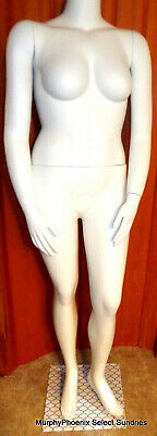 White Headless Female Plus Size Standing Mannequin Pre-owned Pick-up Only