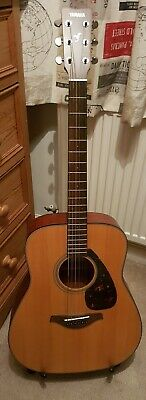 Yamaha Fg800 M Acoustic Guitar with Picks, Stand & Brand New Strings