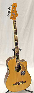 Fender Kingman SCE Dreadnought Solid Spruce Top Acoustic-Electric Bass Guitar