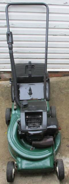 VICTA 2 STROKE LAWN MOWER SERVICED,RELIABLE STARTER CATCHER! | Lawn