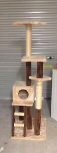 Large cat scratcher post 150 cm in height good condition Greta Cessnock Area Preview