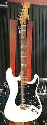 FENDER STRATOCASTER guitar crafted in china