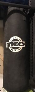 TKO heavy bag . 80lbs with chains .