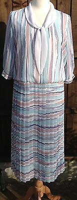 Vintage Tea Dress by Alexander Benjamin Beautiful Stripe Print Size 14 VGC