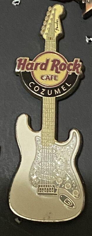 HARD ROCK CAFE COZUMEL WHITE FENDER ERA GUITAR SERIES PIN # 54855