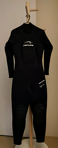 Used NEPTUNE female winter full body wetsuit size S North Sydney North Sydney Area Preview