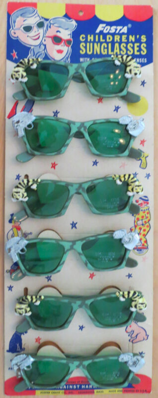 1950s Foster Grant Fosta Childrens Sunglasses Display Card with 6 Pair