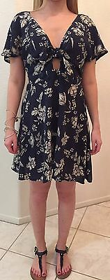 Kendall   Kylie Jenner Short   Flowy Twist Tie Front Deep V Neck Dress Sz Xs Nwt