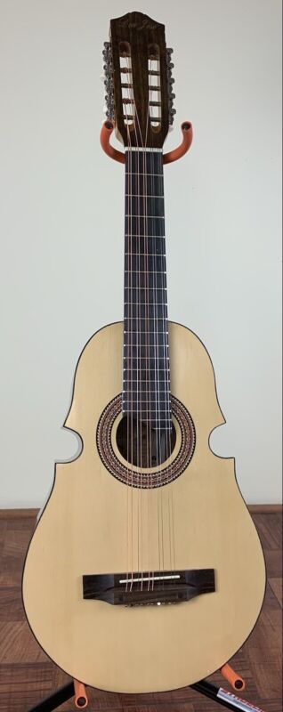 Cuatro De Puerto Rico Don Jose 10-String Acoustic Guitar With Bag.DJ-C700