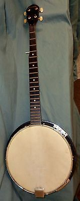 SOLID OLD gremlin banjo (5 string ) NEEDS A FEW PARTS/ STRINGS-COMES WITH CASE !