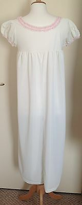 Vintage White Nightdress with Beautiful Detail on the Neckline Size 10 in VGC