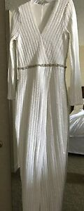 Beautiful Bridal wrap sequinced dress size US8 Edmonton Edmonton Area image 4
