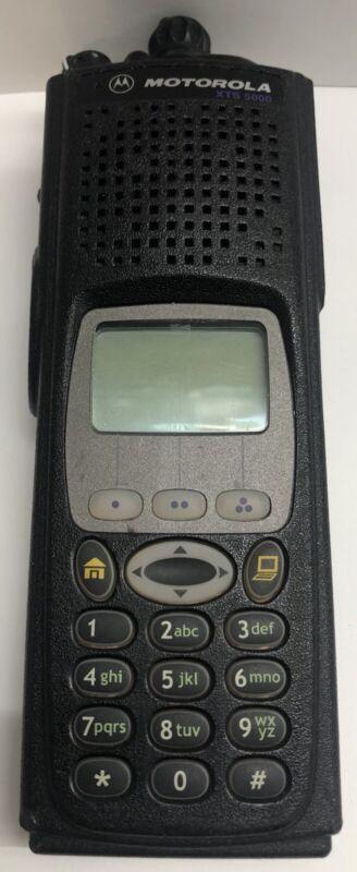 MOTOROLA XTS5000 700 800 MHz H18UCH9PW7AN P25 Digital Police Fire EMS RADIO XTS