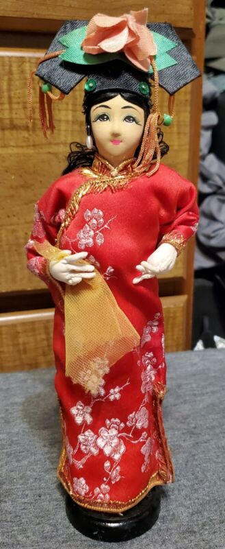 """Vintage Chinese Girl Doll Figurine Painted Cloth Wooden Stand 9.5"""" Tall"""