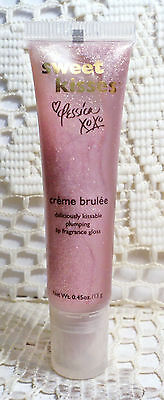 Jessica Simpson Sweet Kisses - Plumping Lip Fragrance Gloss - Creme Brulee (Creme Brule Dessert)