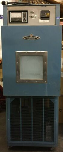 Thermotron EL-1200 Environmental  Cycle  Test Chamber