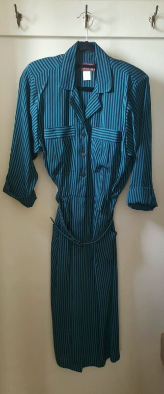 Vintage - 1980's - Made In The U.S.A - Lisa II Dress With Matching Belt - 14