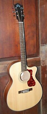 Guild OM-240CE Orchestra Acoustic-Electric Steel String Mahogany Guitar w/Bag
