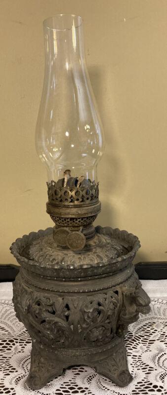 "Vintage Ornate Gothic Metal Oil Lamp18"""