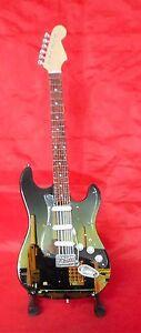 Pink Floyd Miniature Tribute Guitar (UK SELLER)